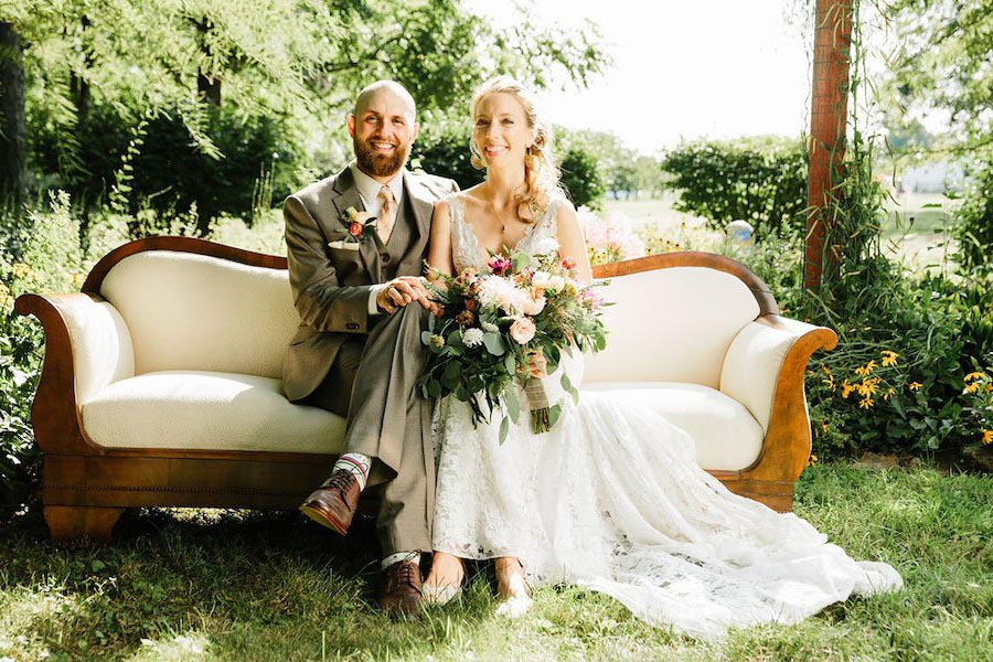 7 Reasons Why You Shouldn't Get Married Before 30