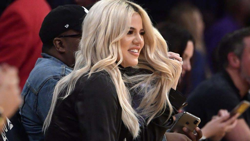 Celebs Whom Has Committed to Use Dating Apps